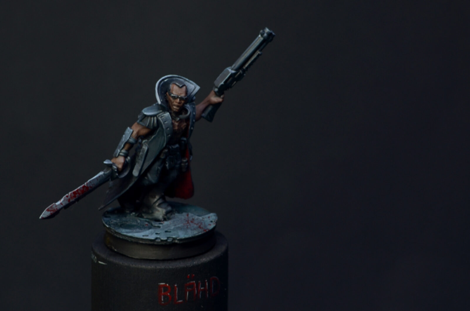 Blade04