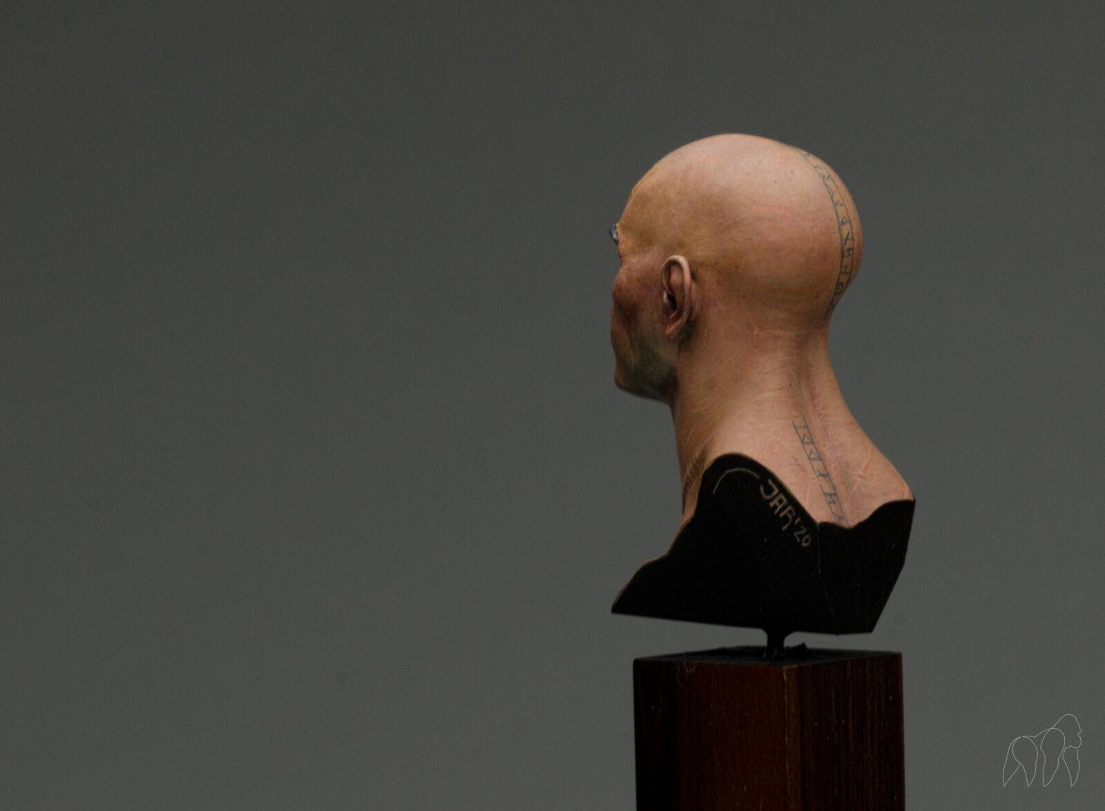 Face16