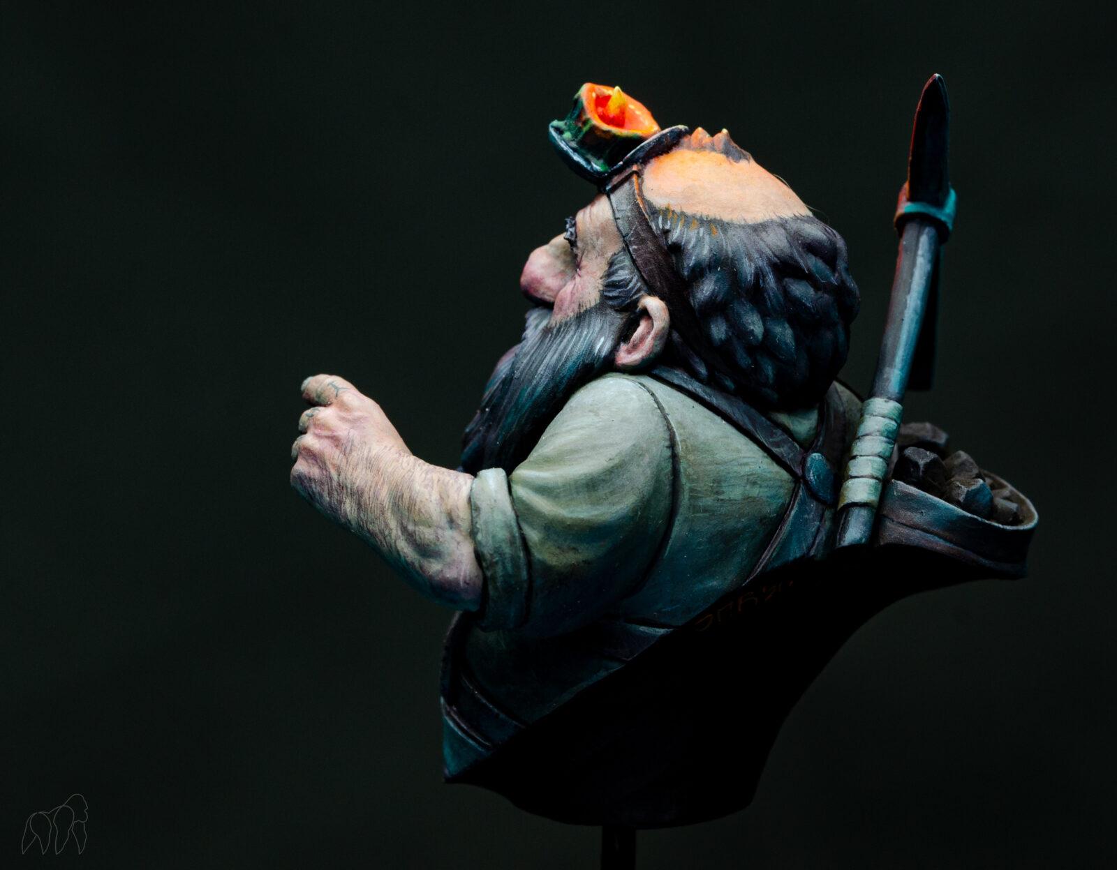 Lucas Pina Dwarf Golddigga07