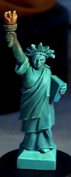 Statue  Thumb23